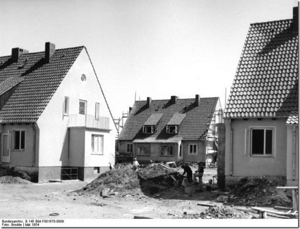 Attribution: Bundesarchiv, B 145 Bild-F001670-0009 / Brodde / CC-BY-SA