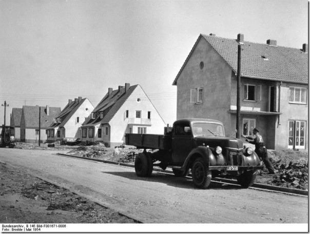 Attribution: Bundesarchiv, B 145 Bild-F001671-0006 / Brodde / CC-BY-SA