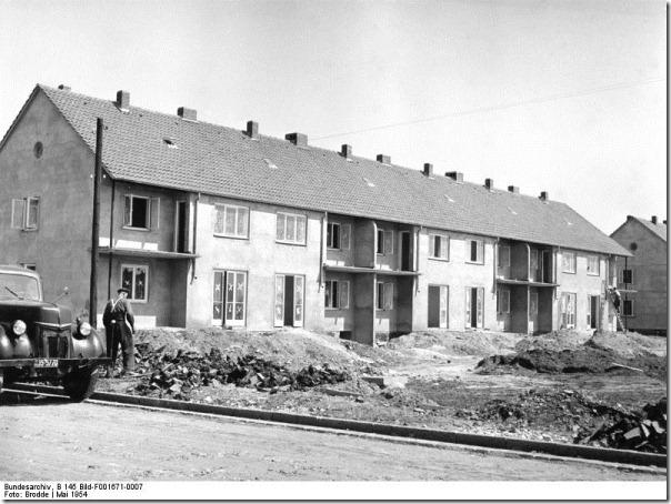 Attribution: Bundesarchiv, B 145 Bild-F001671-0007 / Brodde / CC-BY-SA
