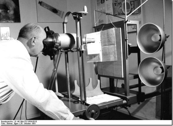 Bundesarchiv_B_145_Bild-F011684-0010,_Köln,_Zollkriminalinstitut